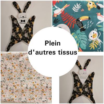 Grand doudou lapin bandana - motif AU CHOIX