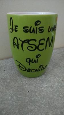 Sticker pour mug Je suis une ATSEM qui déchire