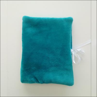 Protège carnet de santé matière doudou bleu vert - à personnaliser