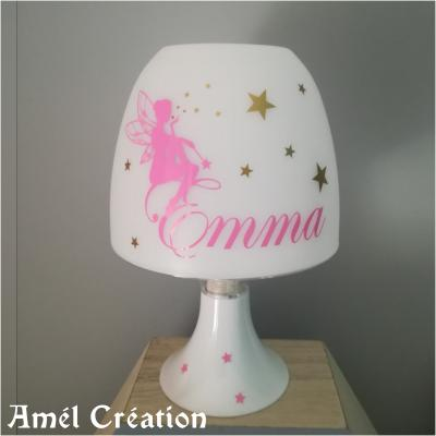 Lampe de chevet - modèle fée assise étoiles