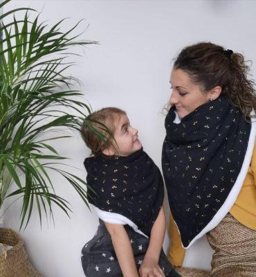 Motif fleur or  -- Très grande Echarpe/Châle/Chèche (enfant et adulte)