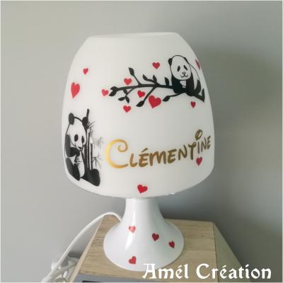 Lampe de chevet - modèle panda et coeurs