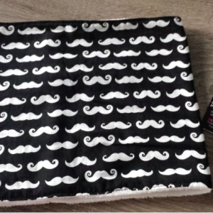 Snood modele moustache2